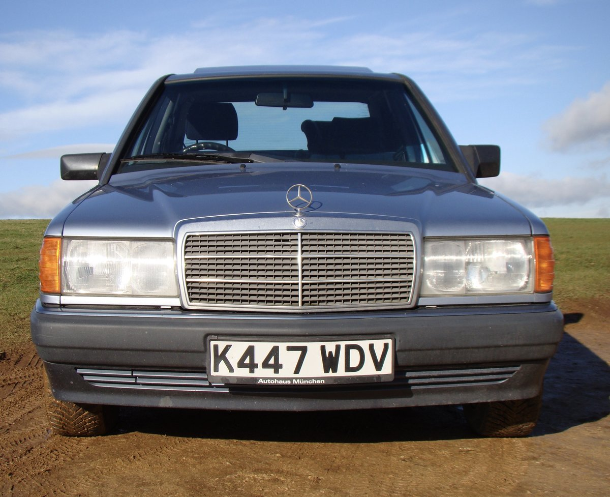 1993 Mercedes 190E 1.8 petrol manual SOLD (picture 3 of 6)