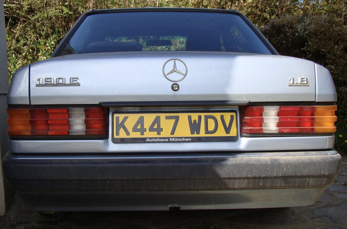 1993 Mercedes 190E 1.8 petrol manual SOLD (picture 4 of 6)