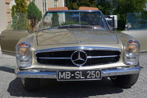 1967 Mercedes 250SL Pagoda Frame Off restored For Sale