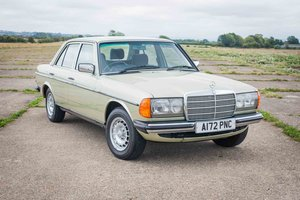 1984 Mercedes W123 300D - 77k Miles - FSH - Finest Available SOLD