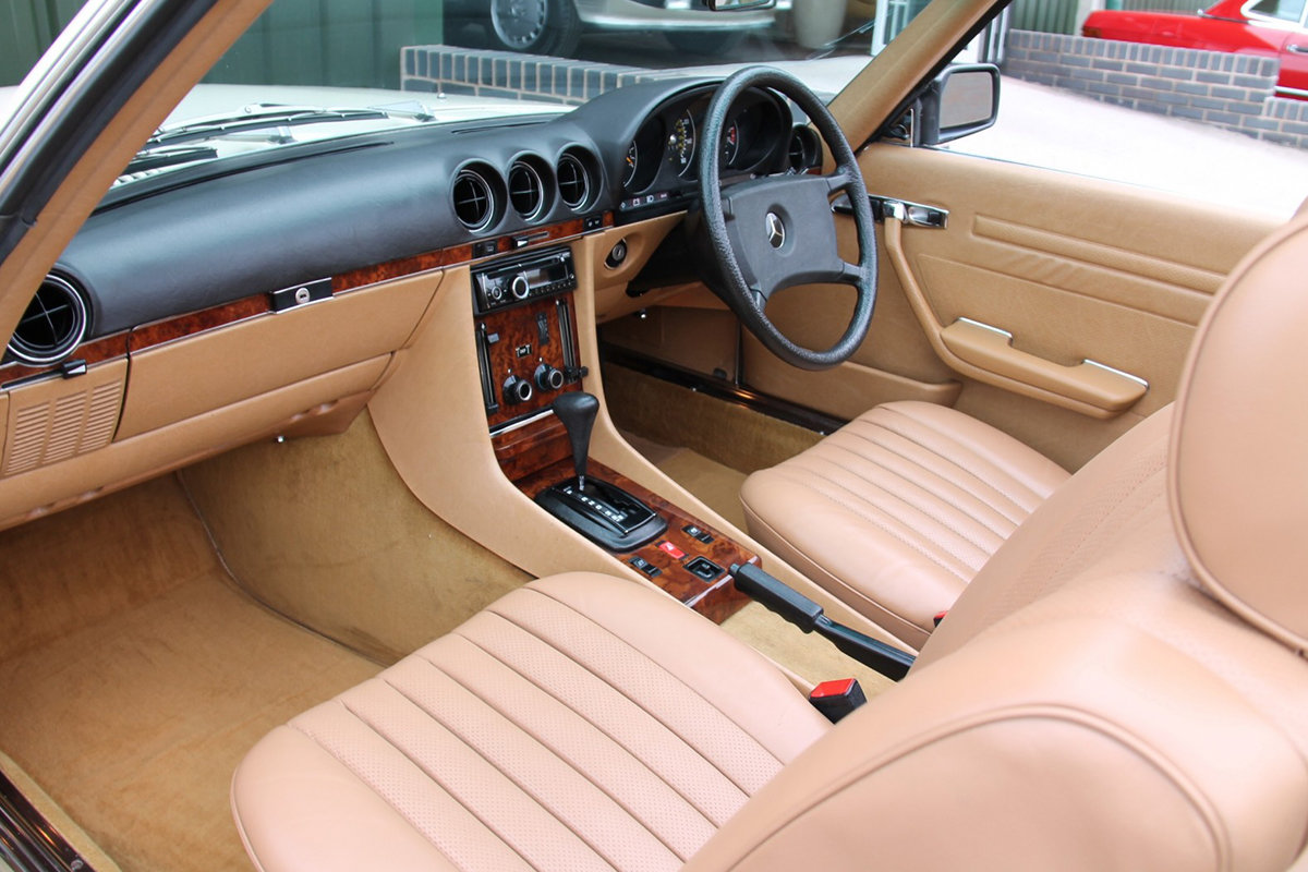 1985 Mercedes-Benz 380SL (R107) #2059 Palomino Leather Brown Roof For Sale (picture 4 of 6)