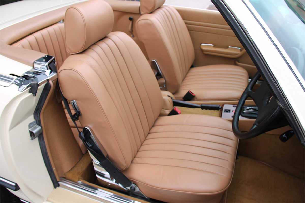 1985 Mercedes-Benz 380SL (R107) #2059 Palomino Leather Brown Roof For Sale (picture 5 of 6)