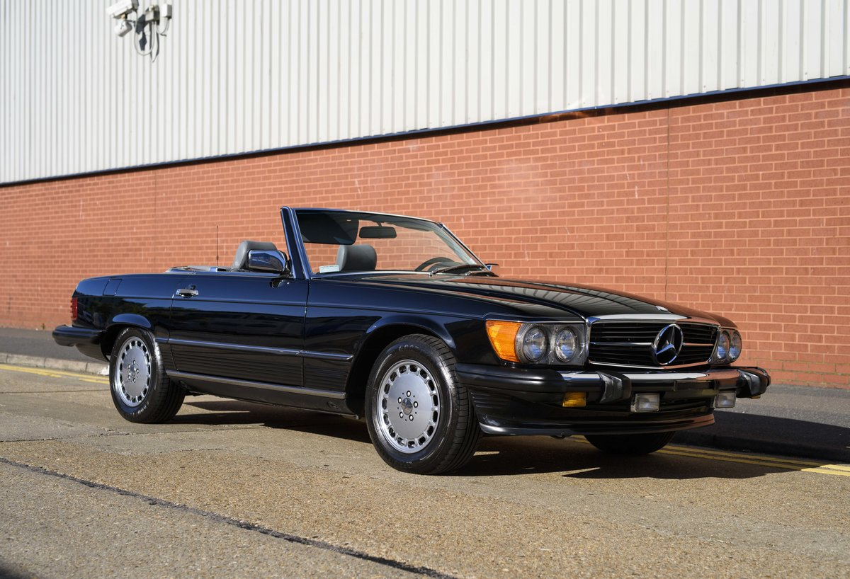 1988 Mercedes-Benz 560SL (LHD) For sale in London For Sale (picture 2 of 21)