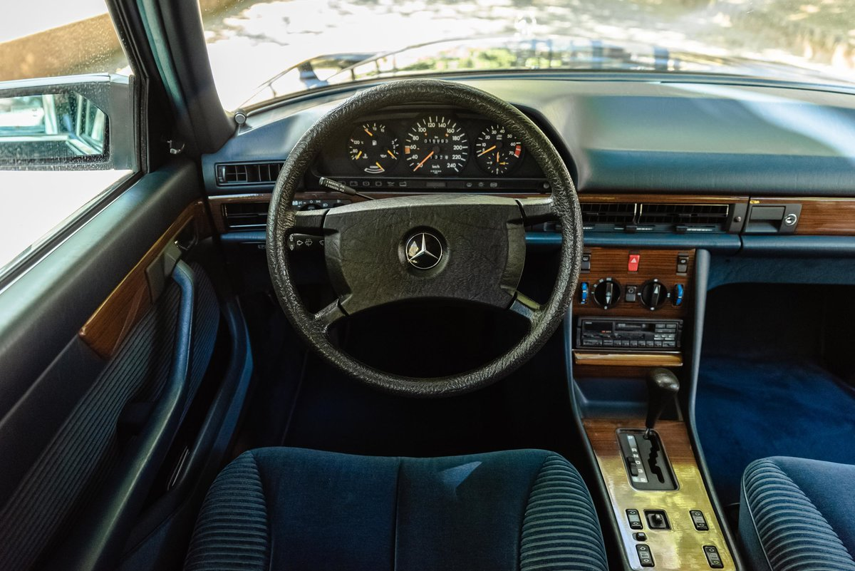 1986 Mercedes Benz 300SEL 17.000kms. For Sale (picture 5 of 6)