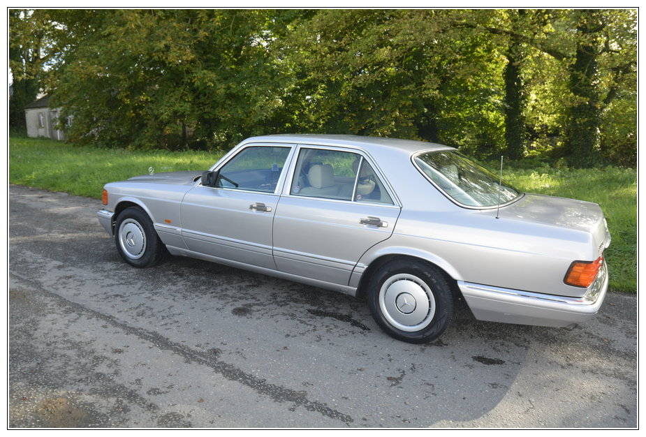 1989 Mercedes 300SE low mileage car for sale For Sale (picture 2 of 6)