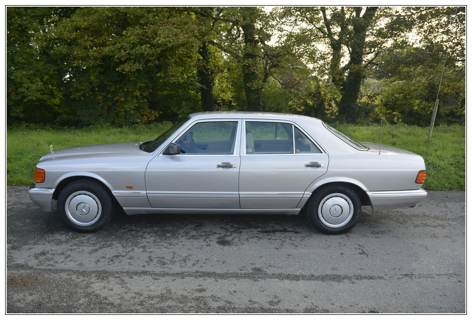 1989 Mercedes 300SE low mileage car for sale For Sale (picture 5 of 6)