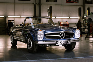 1969 Mercedes-Benz 280 SL Pagoda in Midnight Blue by Hemmels For Sale
