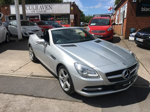 2011 LOW MILEAGE MERCEDES-BENZ 1.8 SLK BLUE EFFICIENCY