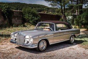 1966 Mercedes-Benz 220 SE cabriolet        For Sale by Auction