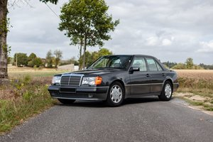 1992 Mercedes-Benz 500E                                      For Sale by Auction