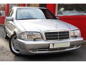 Mercedes-Benz 4.3 C43 AMG 4dr