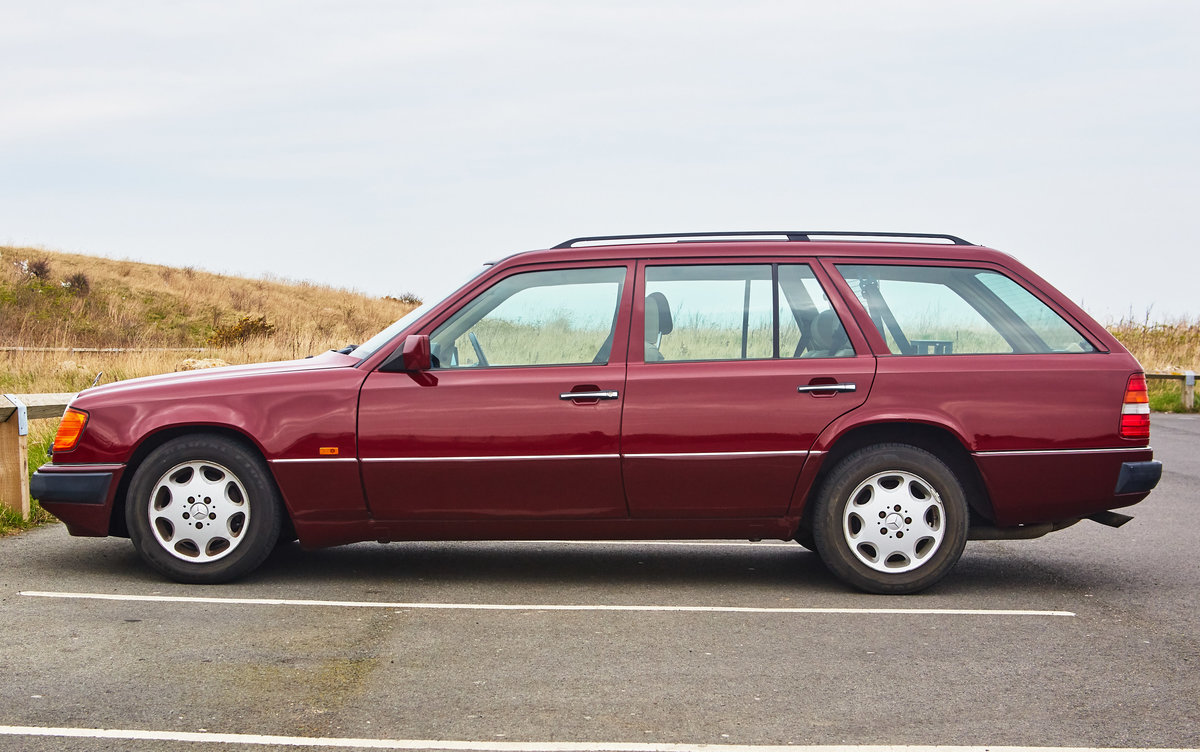 1992 Mercedes Benz 300TE W124 For Sale (picture 2 of 6)