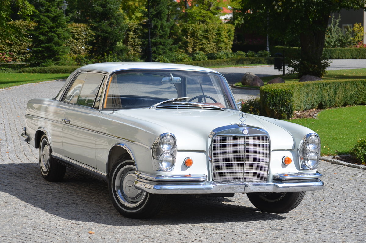 1967 Mercedes 250SE Coupé Technically full restored For Sale (picture 1 of 6)