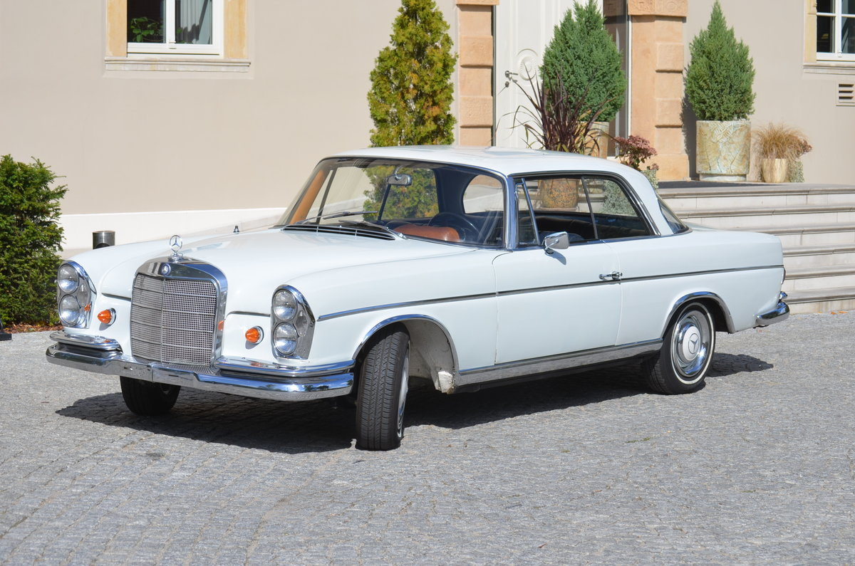 1967 Mercedes 250SE Coupé Technically full restored For Sale (picture 6 of 6)