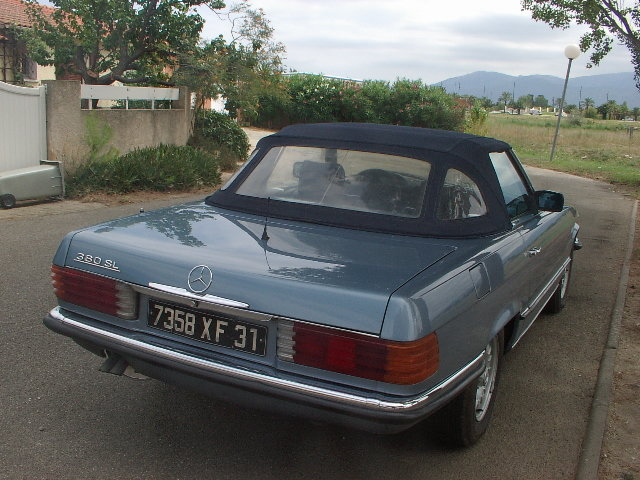 1985 Mercedes 380 SL very nice driver For Sale (picture 3 of 5)