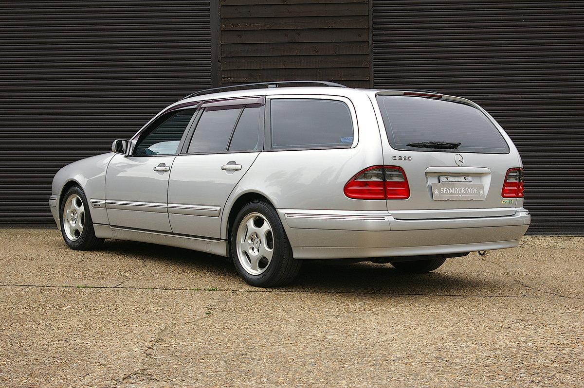 2003 Mercedes-Benz W210 E320 Avantgarde Estate Auto (26573 miles) SOLD (picture 3 of 6)