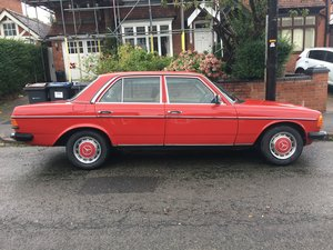 1984 Mercedes W123 300D 5speed manual For Sale