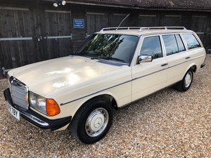 1983 Mercedes 200T ( 123-series ) For Sale