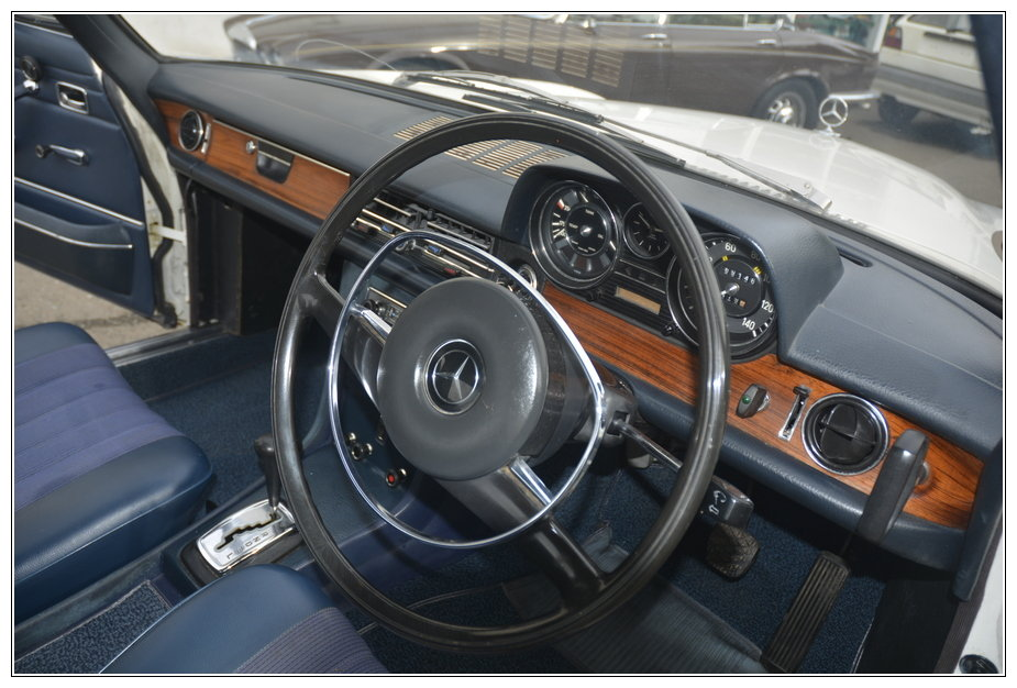 1972 Mercedes 250CE for sale SOLD (picture 5 of 6)