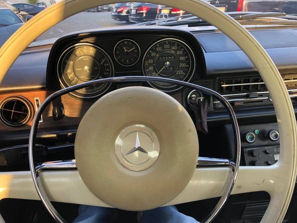 1973 Mercedes 280C For Sale (picture 5 of 6)