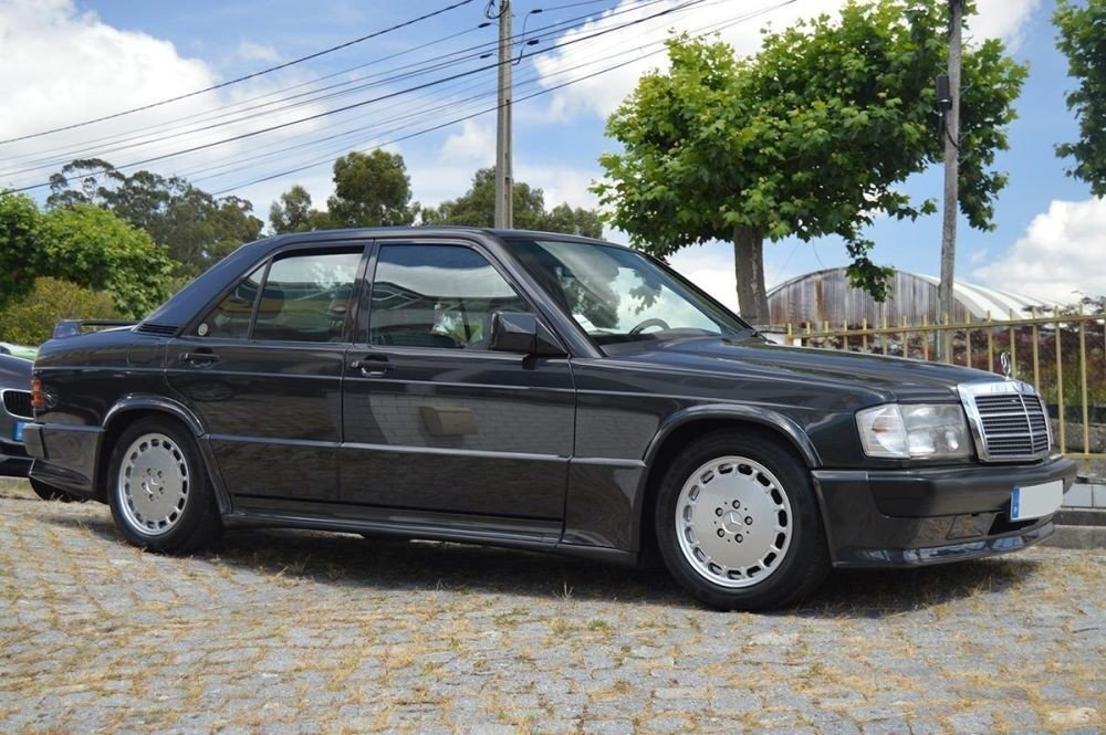 1986 Mercedes 190E 2.3 16V For Sale (picture 1 of 6)
