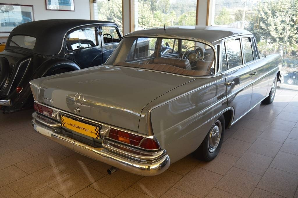 1960 Mercedes 220SEB For Sale (picture 2 of 6)