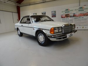 Picture of 1980  Mercedes-Benz 230 CE (C123)