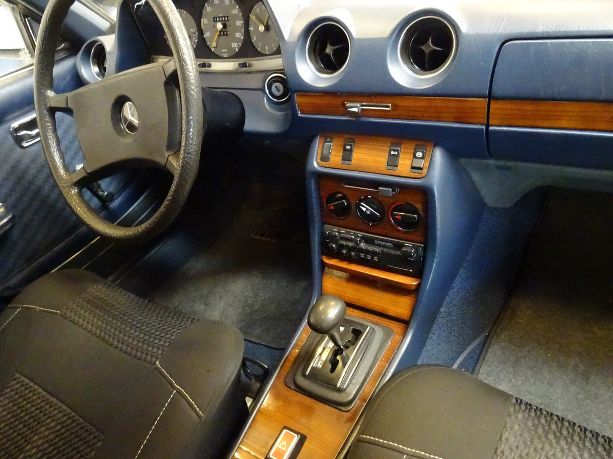 1980 Mercedes-Benz 230 CE (C123) For Sale (picture 5 of 6)