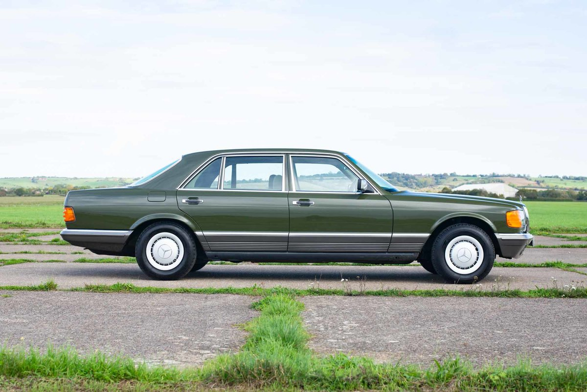 1982 Mercedes W126 380SEL - 2 Owners - 58k - Exceptional SOLD (picture 3 of 6)