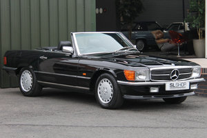 1989 Mercedes-Benz 420SL (R107) #2165 Triple Black For Sale