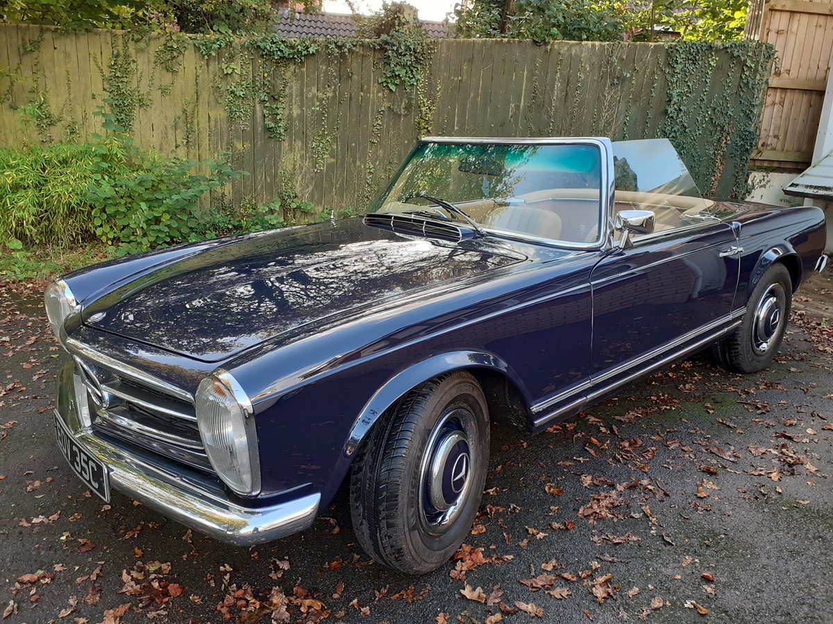 1965 Mercedes 230 sl pagoda (rhd) SOLD (picture 1 of 3)