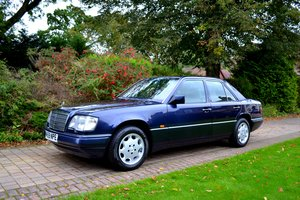 1995 Mercedes e280 w124 *heated leather-high spec-fsh* For Sale