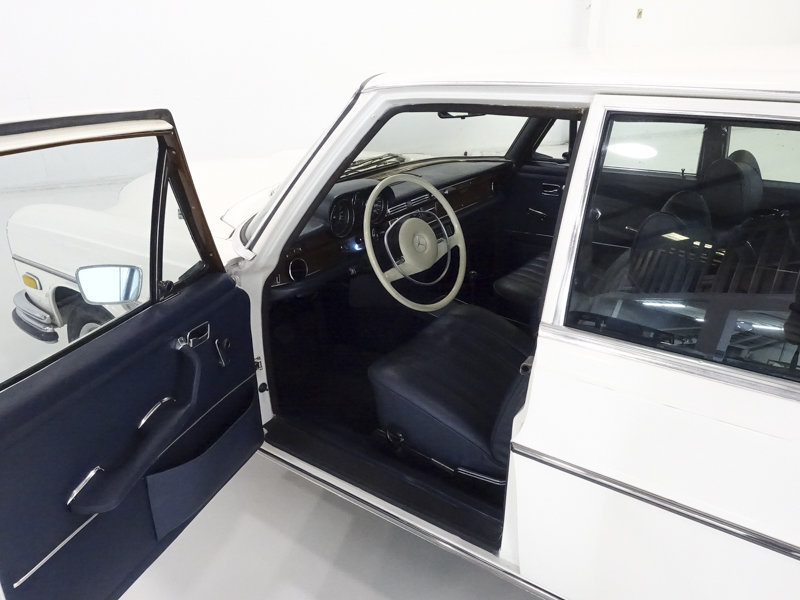 1971 Mercedes-Benz 280SE Sedan For Sale (picture 3 of 6)