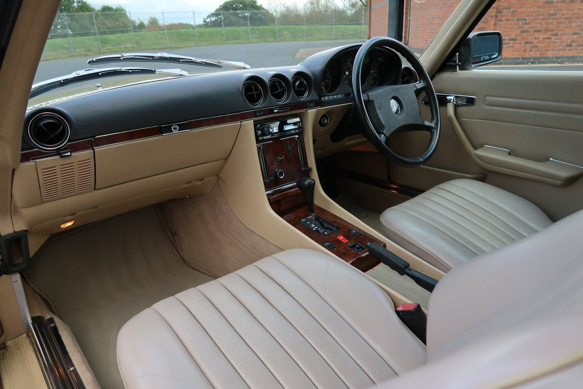 1987 MERCEDES 300SL R107 For Sale (picture 5 of 6)