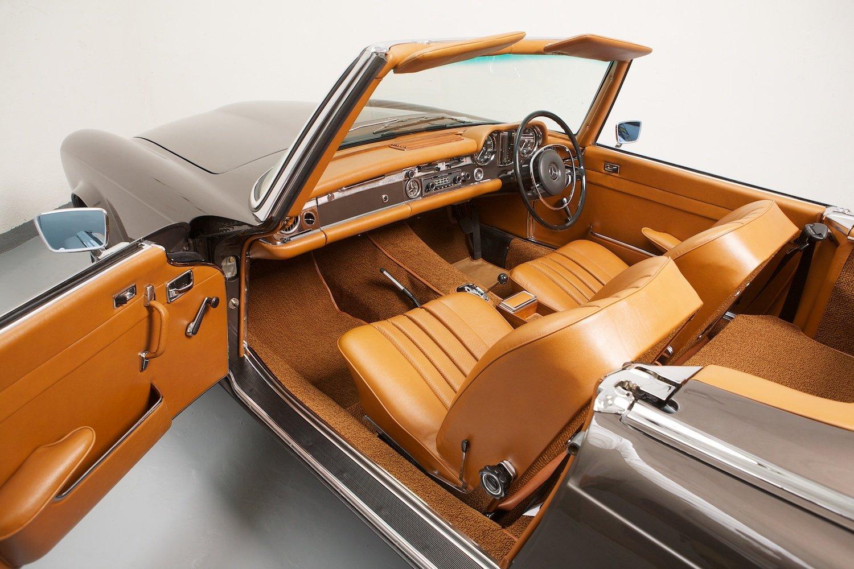 1965 Mercedes Restoration  (picture 4 of 6)