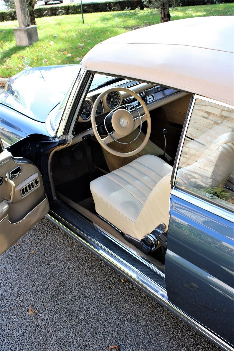 1968 – Mercedes-Benz 280 SE Cabriolet For Sale (picture 3 of 5)