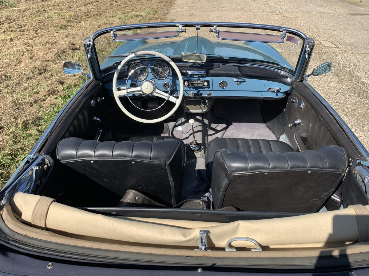 1957 Mercedes 190SL  LHD with factory hard top  For Sale (picture 4 of 6)