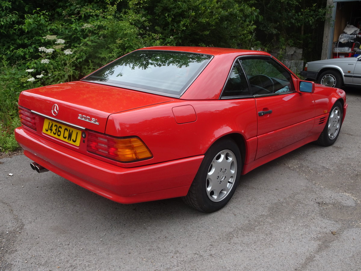 1992 Mercedes sl 300 great investmant For Sale (picture 2 of 6)