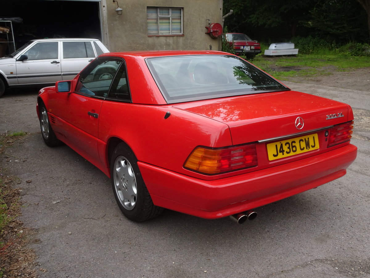 1992 Mercedes sl 300 great investmant For Sale (picture 3 of 6)