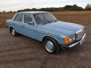 Mercedes W123 200 E Class 1982 One of the best PRICE REDUCED SOLD