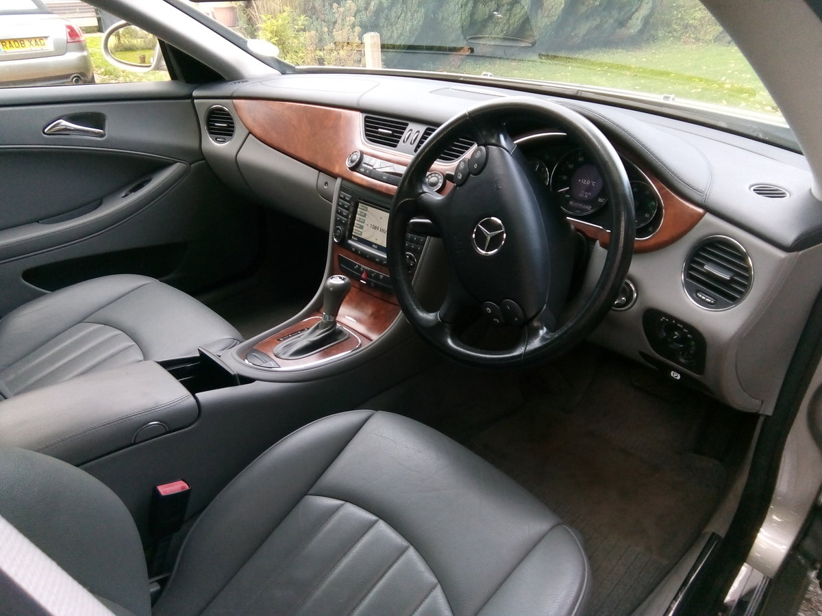 2008 Mercedes CLS 320 CDI,one previous owner FSH  For Sale (picture 3 of 6)