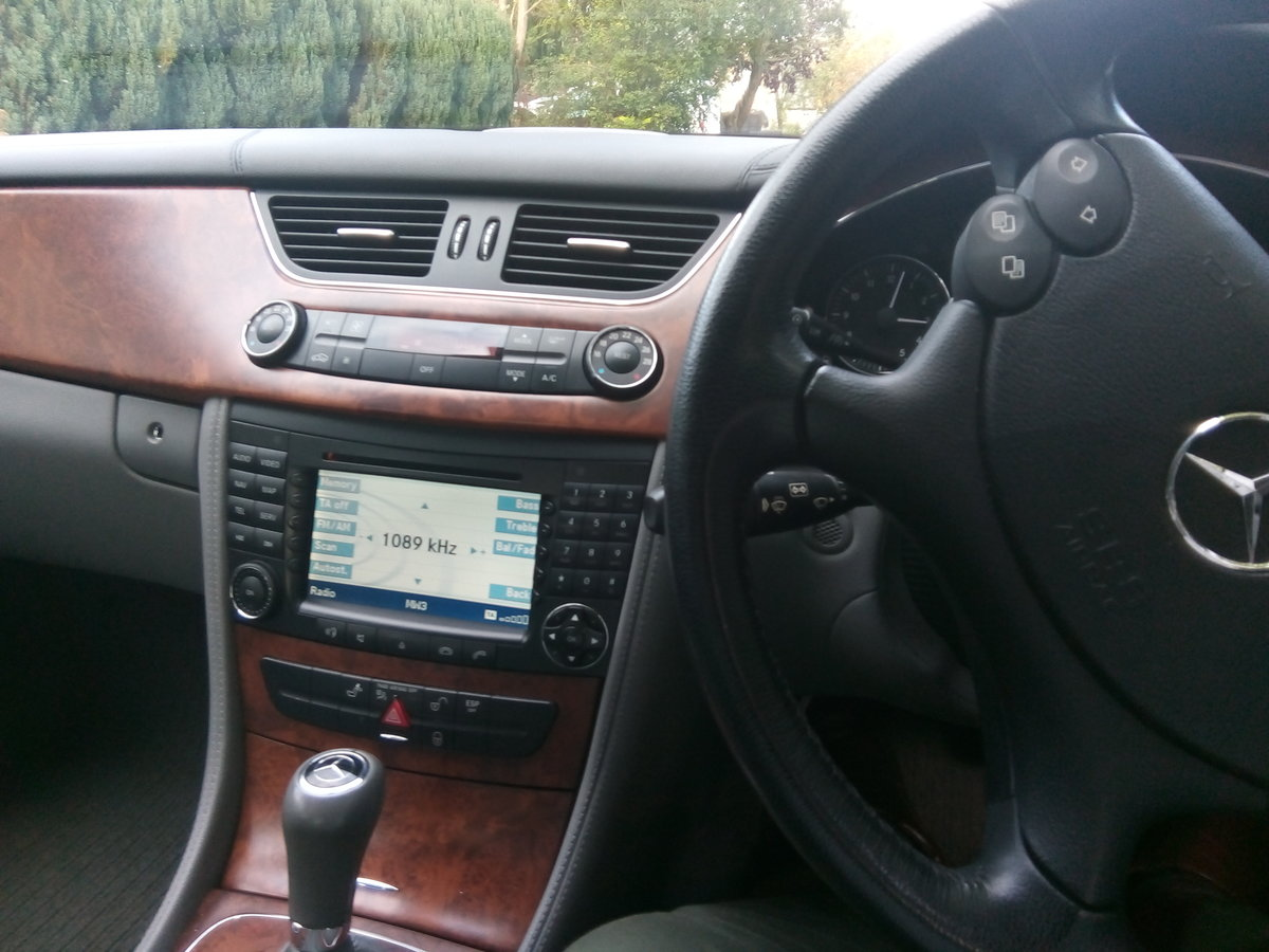 2008 Mercedes CLS 320 CDI,one previous owner FSH  For Sale (picture 5 of 6)