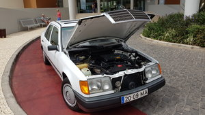 1991 MB 200E  RHD   38020 Kms  (23750 Mls)  from new