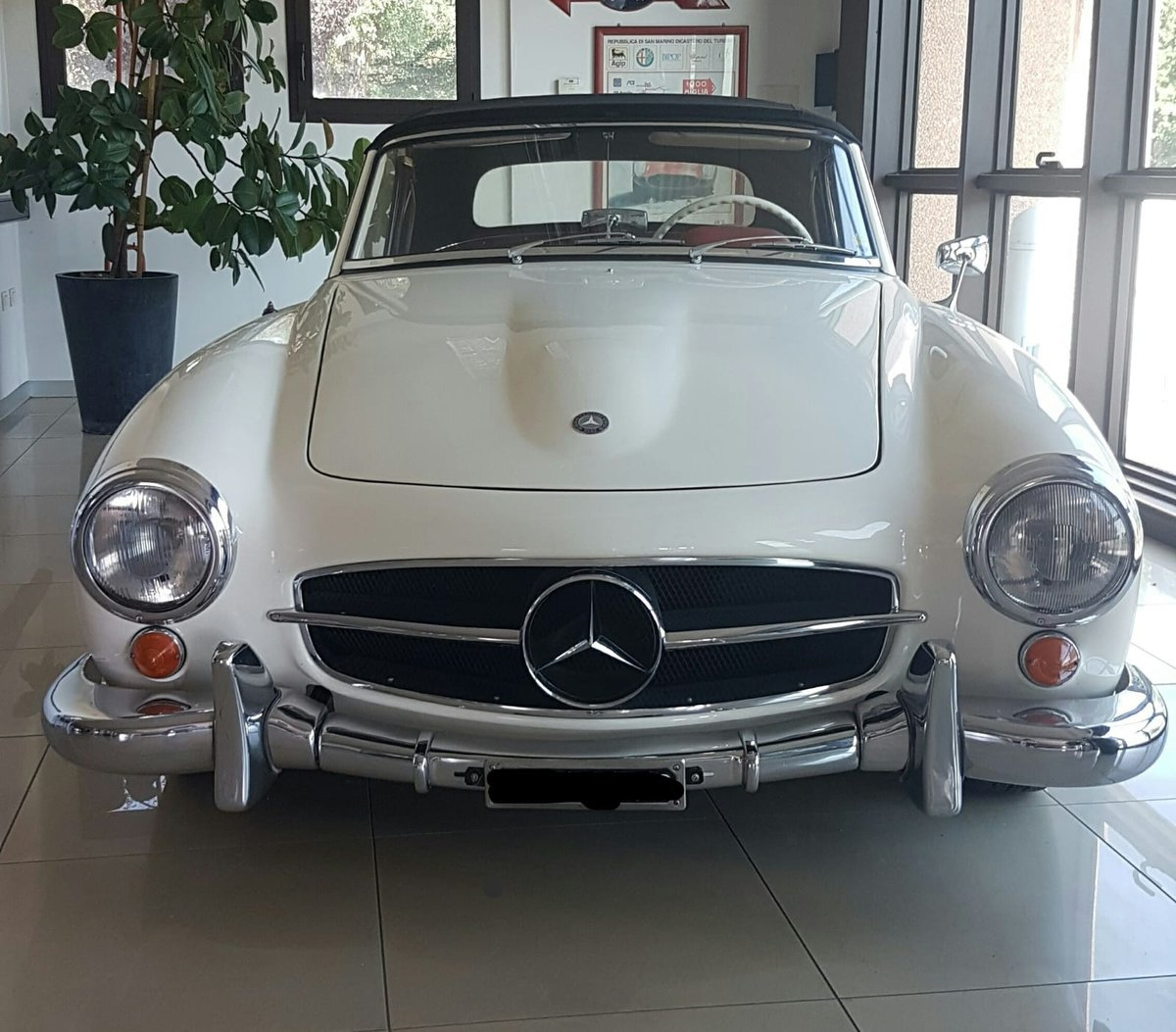 Mercedes 190SL 1961 For Sale (picture 1 of 6)