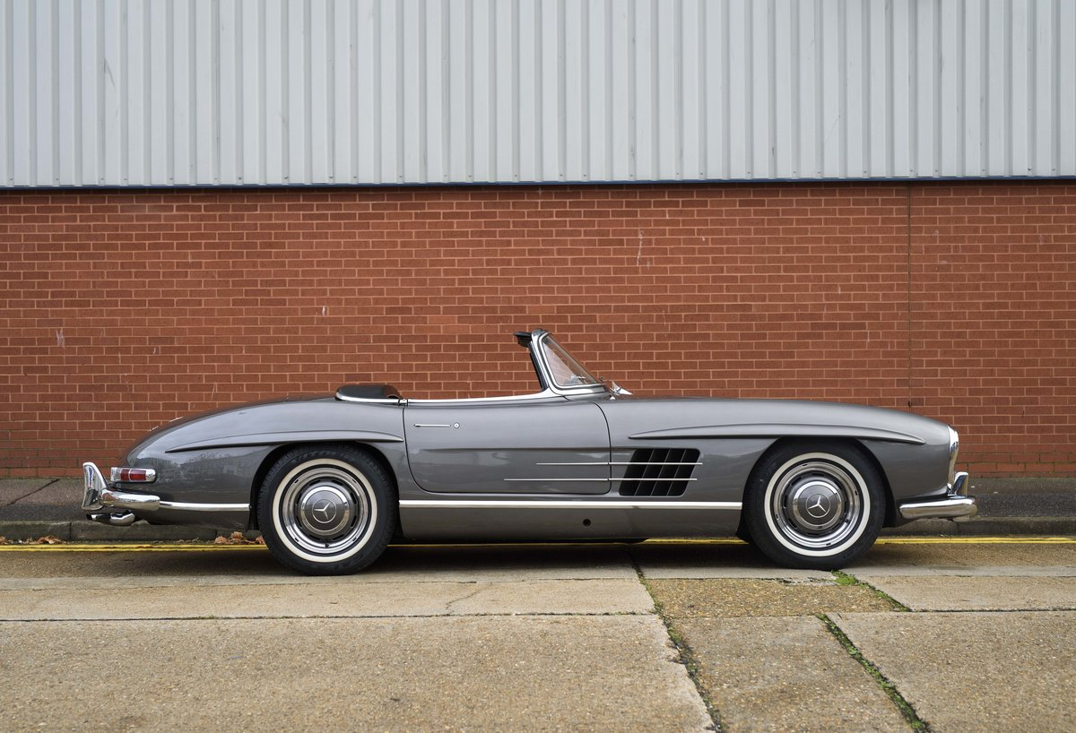 1958 Mercedes-Benz 300 SL Roadster For Sale In London ( LHD  For Sale (picture 5 of 20)