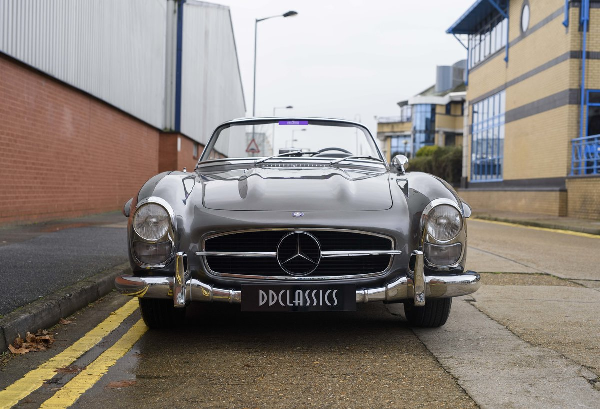 1958 Mercedes-Benz 300 SL Roadster For Sale In London ( LHD  For Sale (picture 7 of 20)