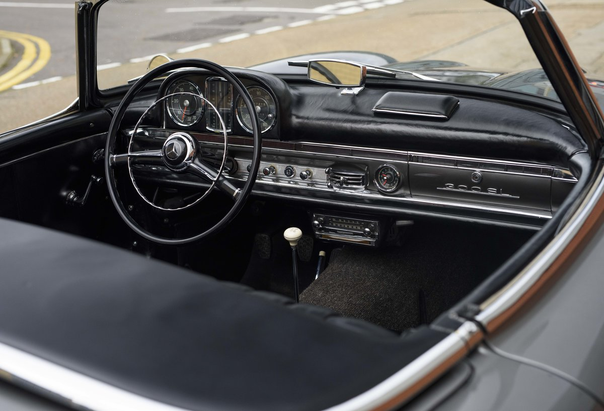 1958 Mercedes-Benz 300 SL Roadster For Sale In London ( LHD  For Sale (picture 14 of 20)