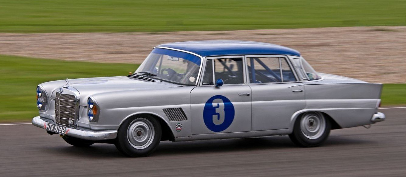 1964 10x Goodwood Revival, driven by Jack Brabham, R. Attwood, .. For Sale (picture 6 of 6)