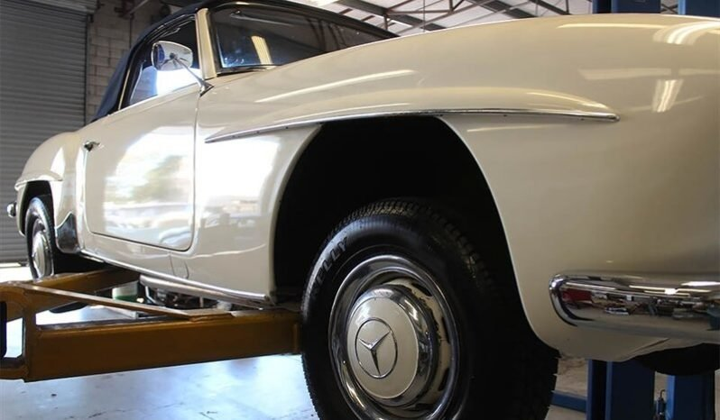 1960 Mercedes 190SL Convertible Roadster Solid Ivory $86.5k For Sale (picture 3 of 6)
