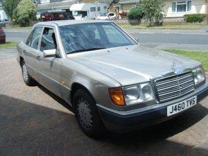 1992 Mercedes w124 230e